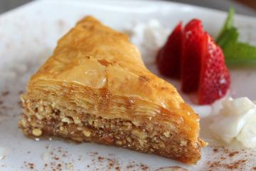 Traditional Cypriot sweets: the most delicious desserts and pastries on the island