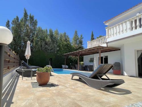 3+ Bedroom Villa in Pafos