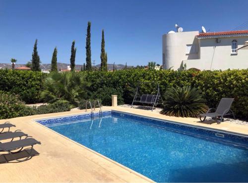 3 Bedroom Villa in Coral Bay, Pafos